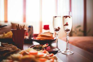 Impreza w domu - jak przygotować mieszkanie?