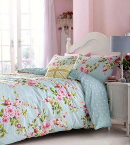 Pastelowe kolory w sypialni